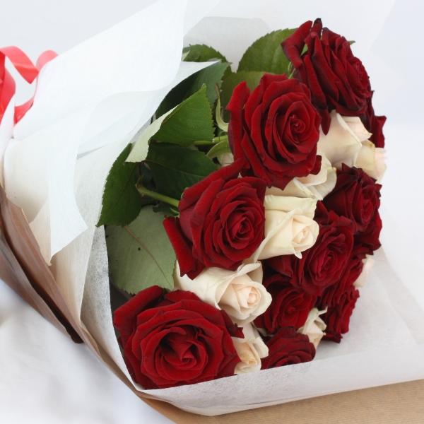 Роз розы букеты красивые фото трех роз фото